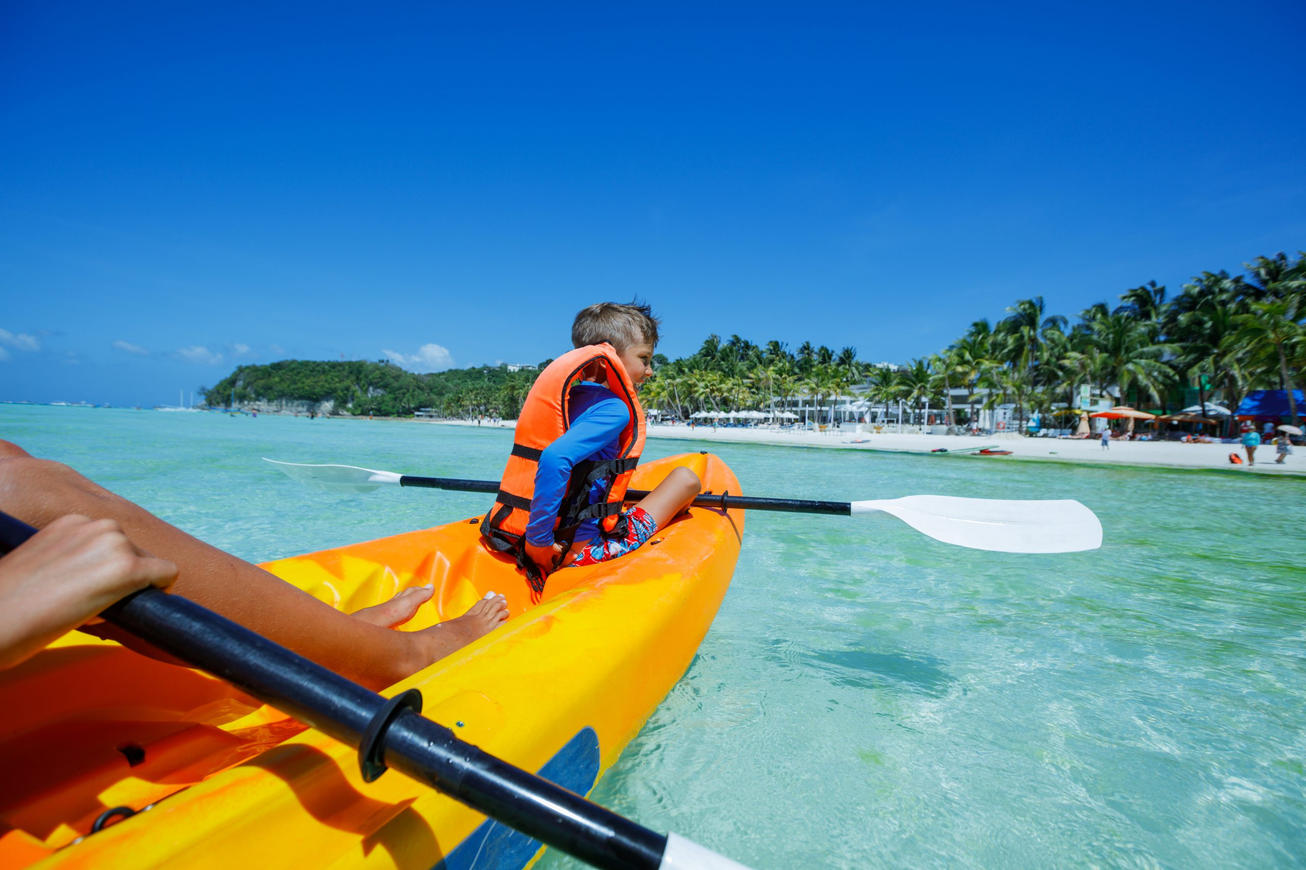 Kayaking at Round Hill Resort